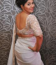 anjali-latest-stills-in-white-sari-04