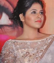anjali-latest-stills-in-white-sari-10