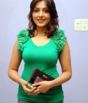 madhu-salini-new-photos-04
