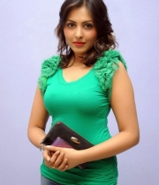 madhu-salini-new-photos-11