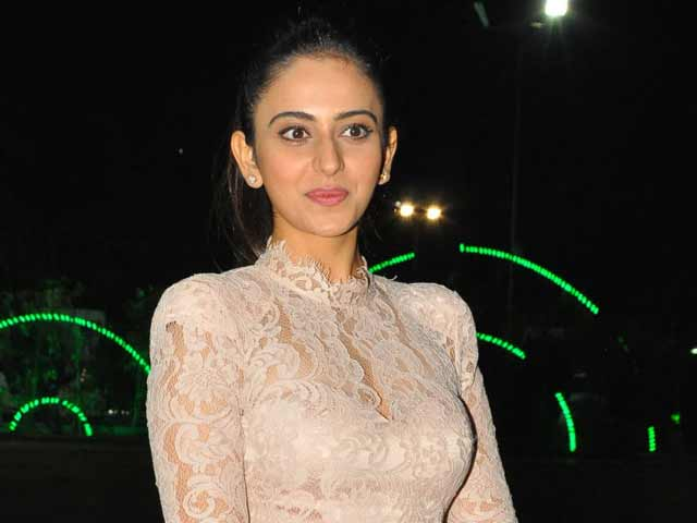 Rakul Preet Likes To Live In Dreams Devoid Of Hits Or Flops