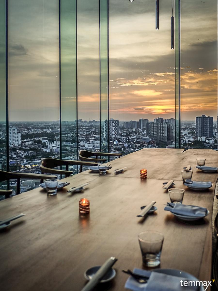 ที่สุดของ Rooftop Bar ริมแม่น้ำเจ้าพระยา Seen Restaurant & Bar Bangkok