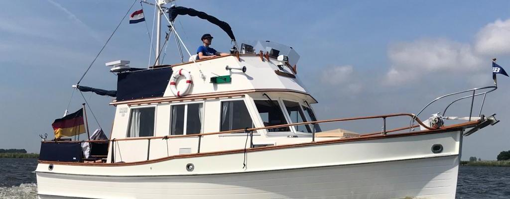American Maeine Grand Banks 32