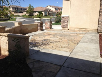 Flagstone courtyard with walls in Murrieta McCabe's Landscape Construction
