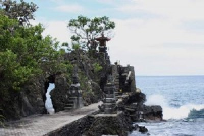Beautiful Batu Bolong Temple