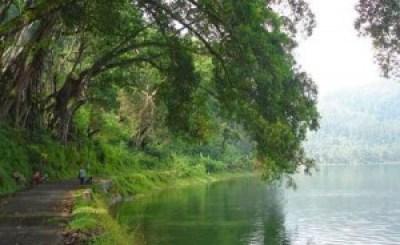 Telaga Ngebel Ponorogo Jawa Timur