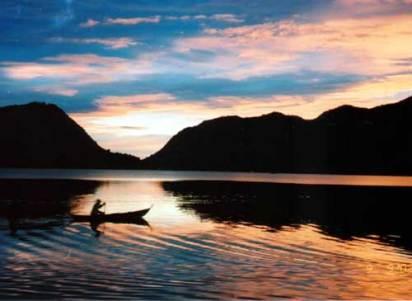 Danau Maninjau Sumatera Barat
