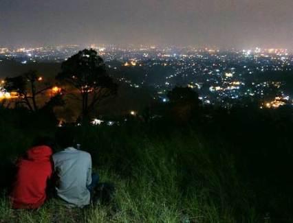 Jalan menuju Bukit Bintang Bandung