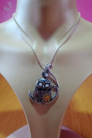 Steampunk owl and jewel pendant
