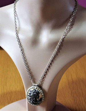 Black white and silver brushed lady cameo necklace
