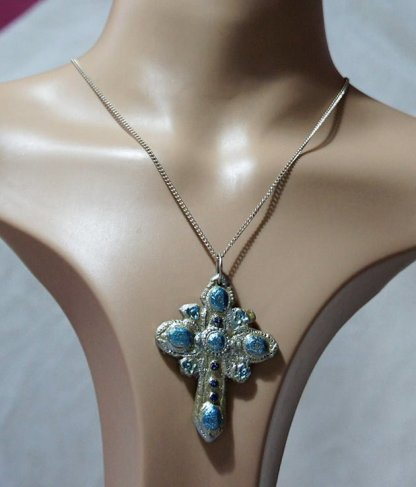 Silver and metallic blue shimmer detailed cross necklace
