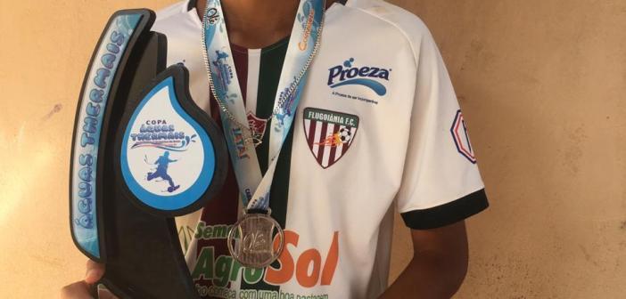 Com seis participações para gol em cinco jogos e vice-campeonato, meia Rodrigo comemora desempenho do FluGoiânia na Copa Águas Thermais