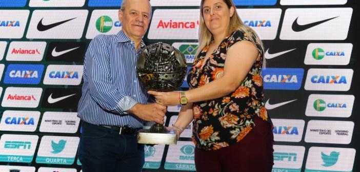 Sesi Franca Basquete recebe prêmio NBB CAIXA Social por projeto em escola municipal