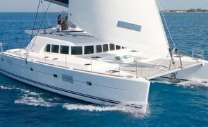 Catamarano Lagoon 380