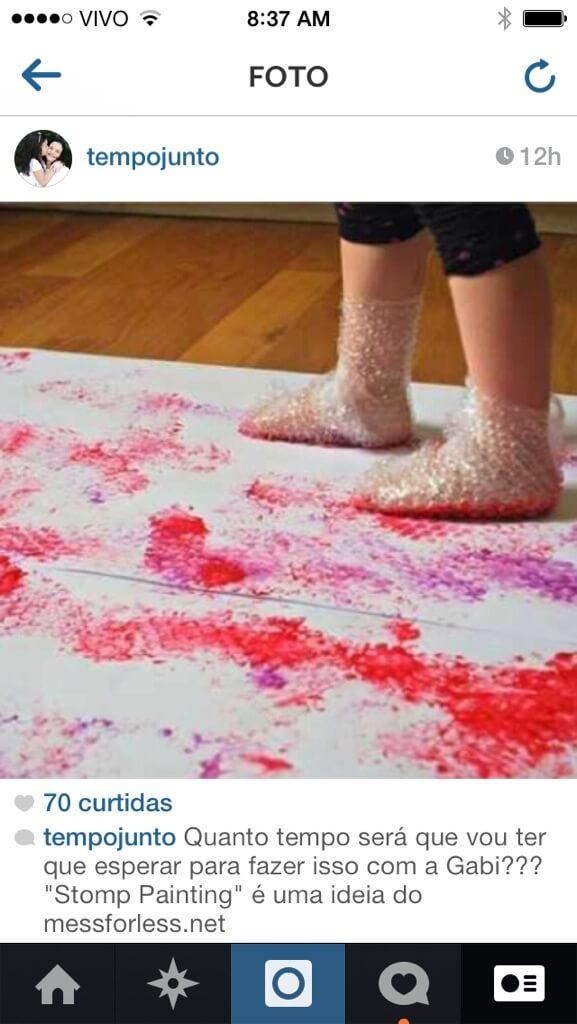 Arte com o pé. Já pensou nisso?