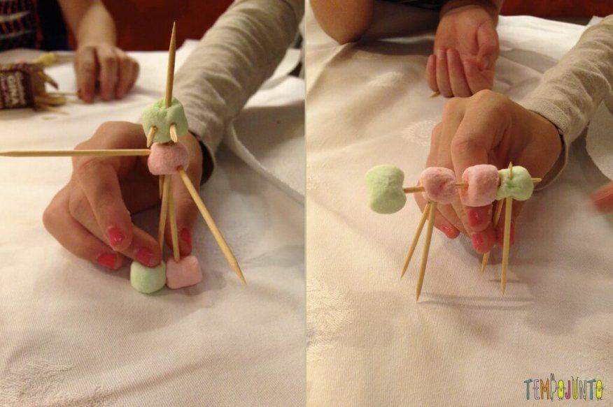 Esculturas de Marshmallow e palito de dente - personagem de marshmallow