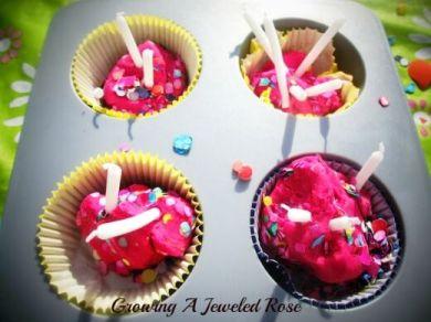 decoração de carnaval - bolinho colorido