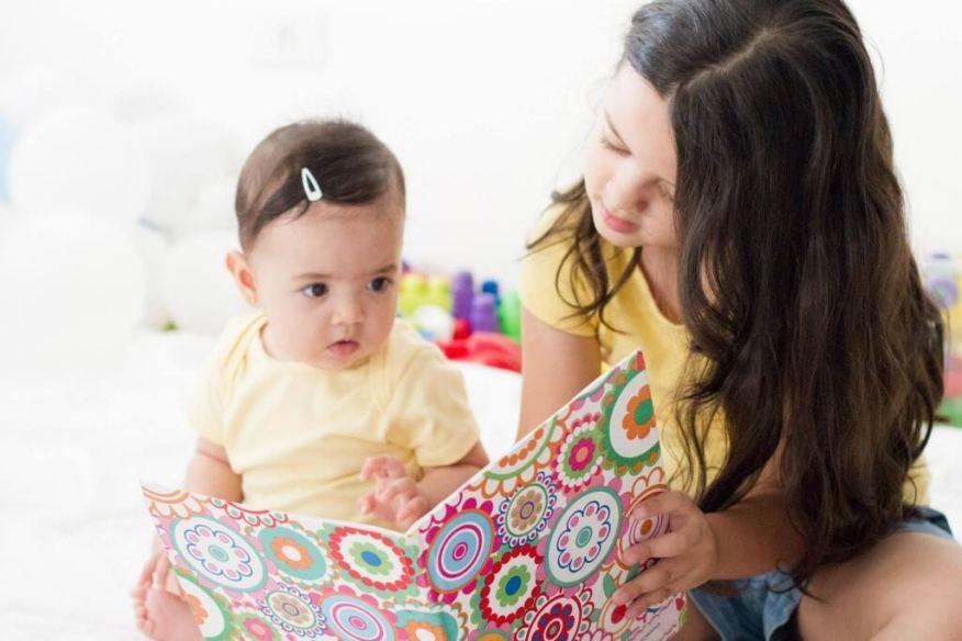 Melinda do @maternidadesimples dá suas dicas sobre o brincar com bebês - filhas
