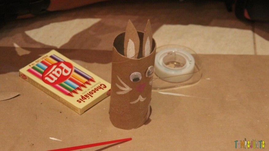 Presente simples para a páscoa - coelho com orelhas