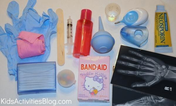 10 ideias para estimular a brincadeira de faz de conta - kit medico