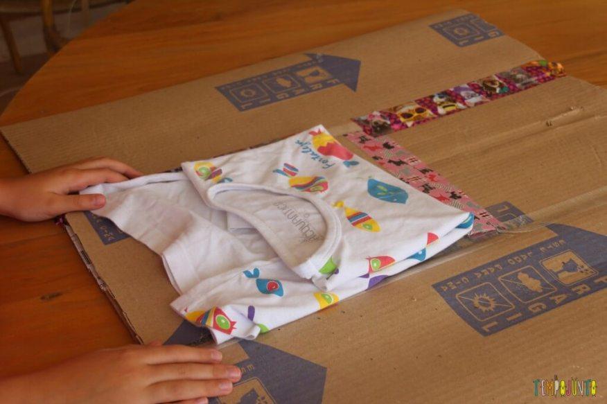 Engenheiro de papelão - fazendo um dobrador de camisa - resultado
