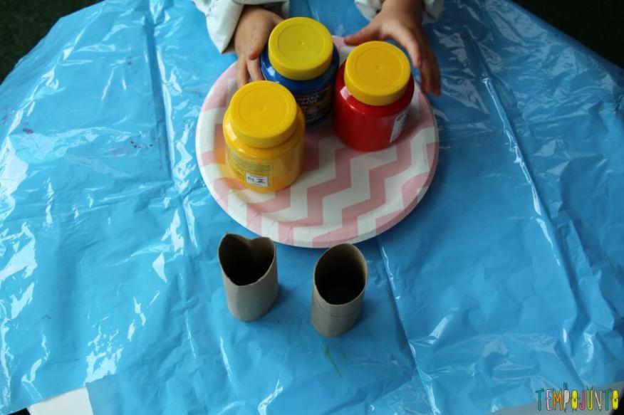 Atividade de artes para crianças pequenas - materiais