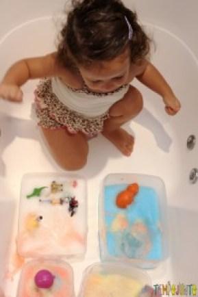 Qual foi a última brincadeira diferente que você fez com seus filhos - gabi na banheira