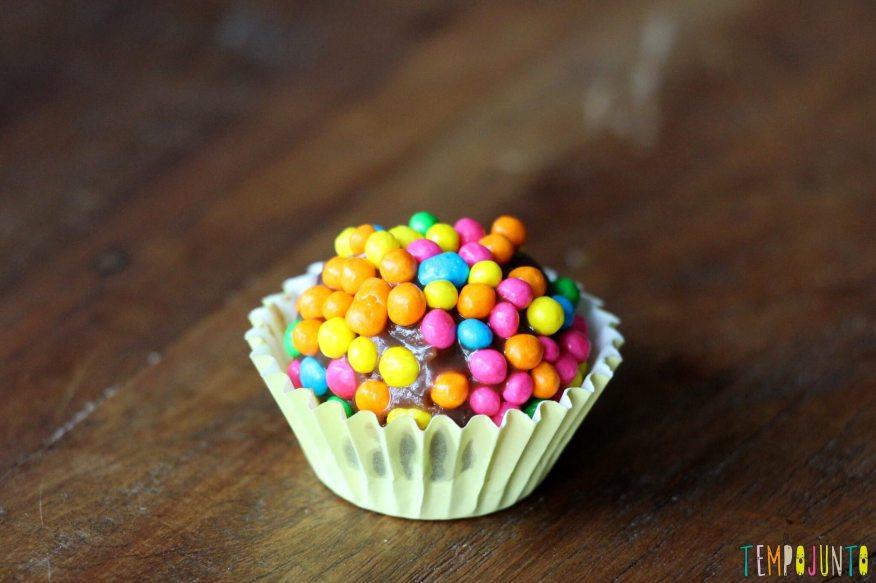 Sobremesa fácil de chocolate - doce pronto