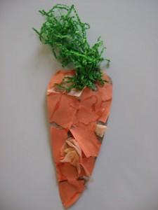20 ideias para se divertir na Páscoa - cenoura de papel picado