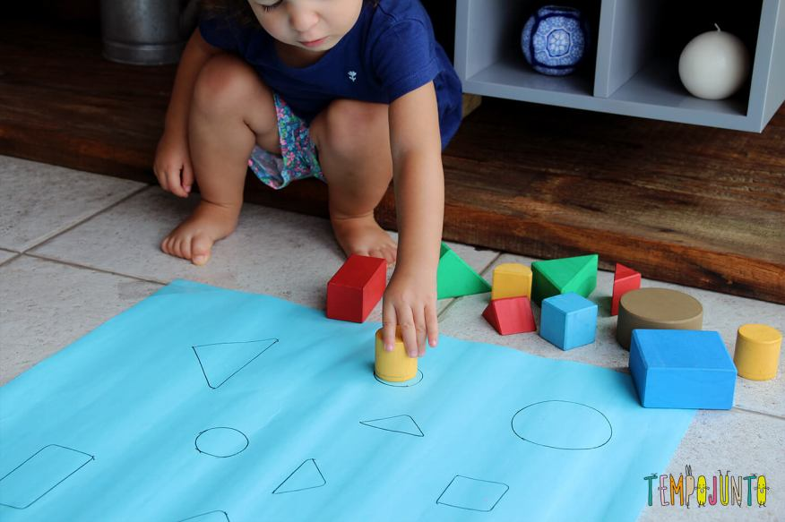 brincadeiras para crianças de 2 anos jogo de encaixe