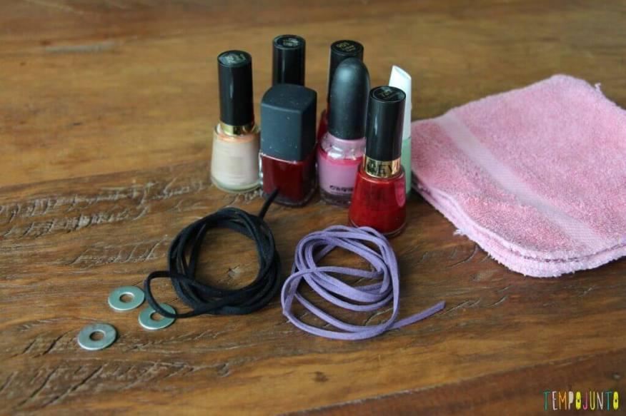 Como fazer um colar bonito e barato com as crianças - materiais
