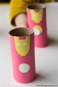 10 maneiras de brincar de super-herói - homem de ferro rolo de papel