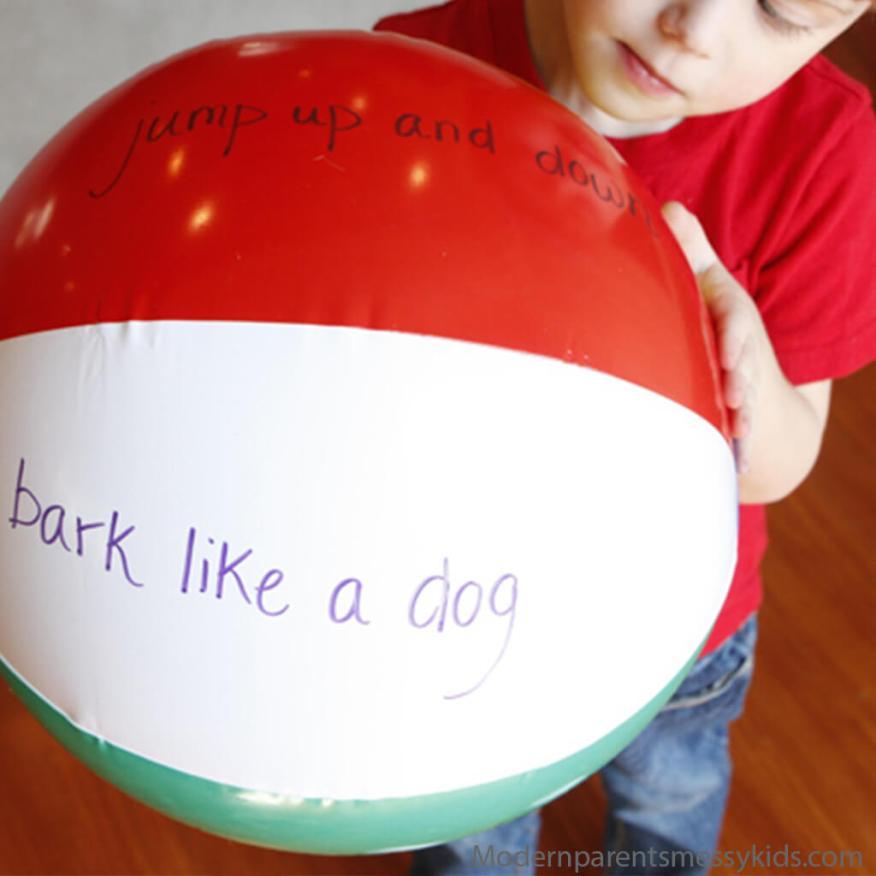 10 maneiras de brincar com bola - faz o que a bola mandar