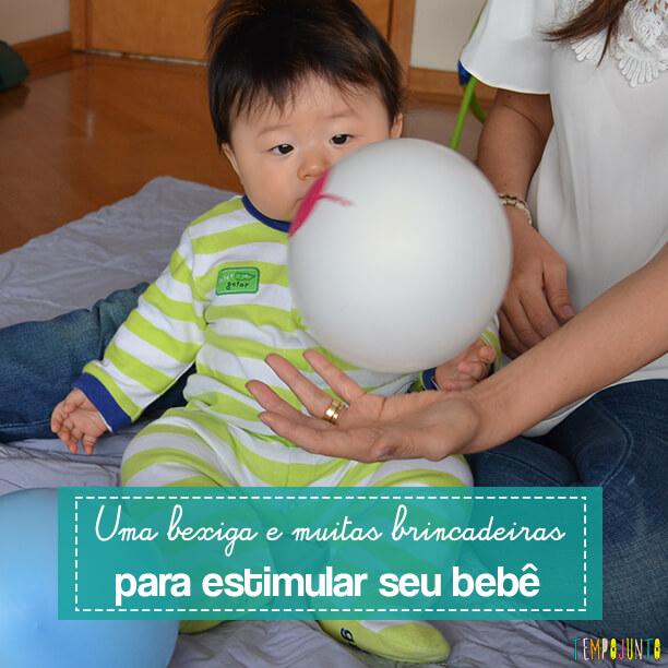 Brincadeiras que estimulam e divertem o bebê usando uma bexiga