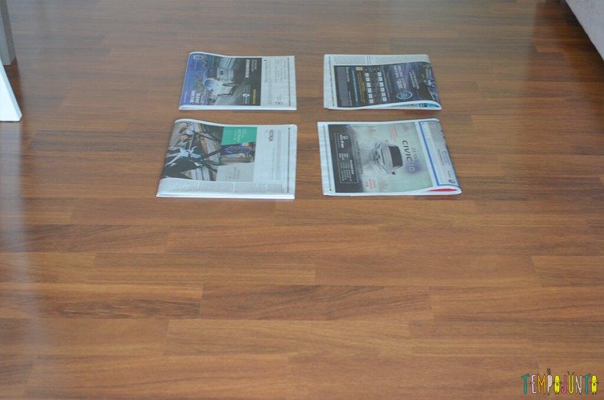 Mais uma gincana de estimulos com jornal e bexiga - jornais.2