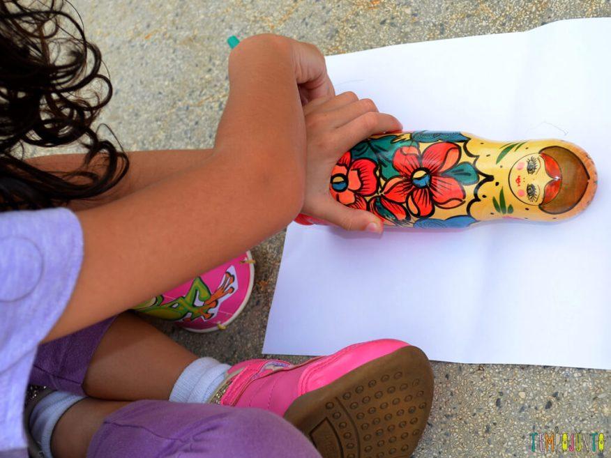 Circuito ao ar livre para celebrar um dia de alegria com as criancas_Sofia-desenhando