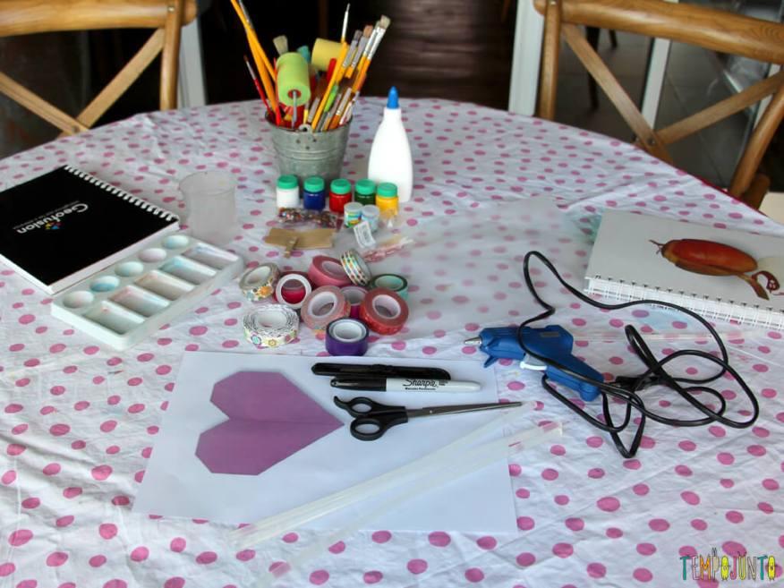 Como customizar um caderno com as criancas_7102_materiais caderno glicerina
