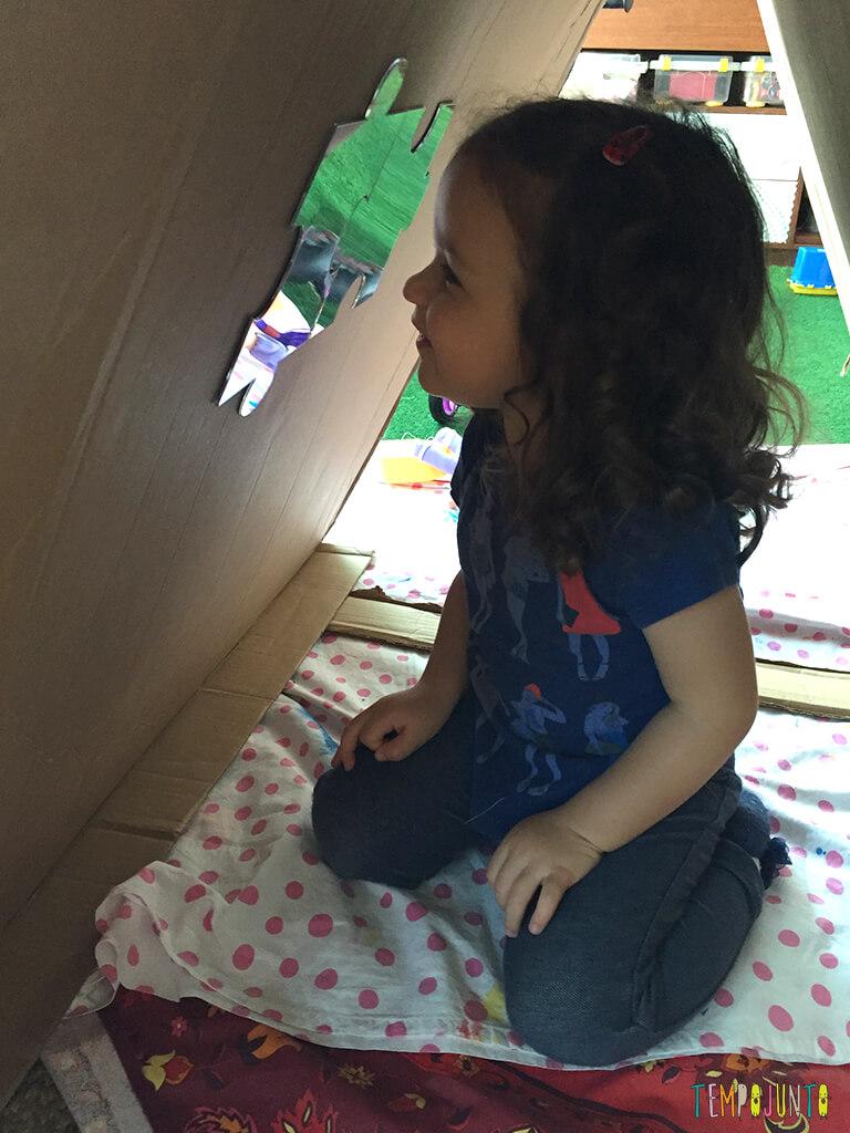 Como fazer uma cabana de caixa de papelao_16.13.31_gabi se vendo no espelho