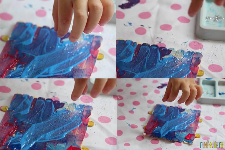 Um presente simples e criativo para o Dia dos Pais - gabi jogando glitter