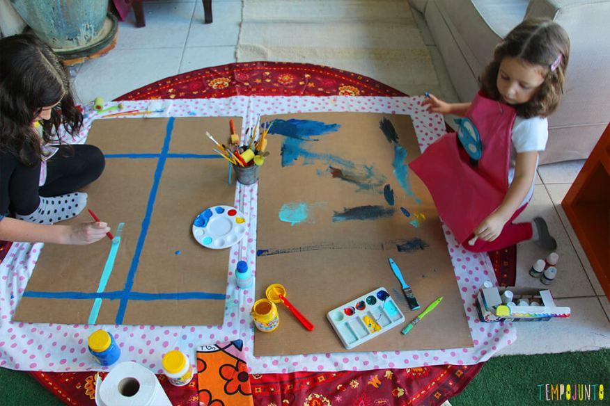Atividade de artes para estimular a brincadeira de imaginação - primeiros rabiscos