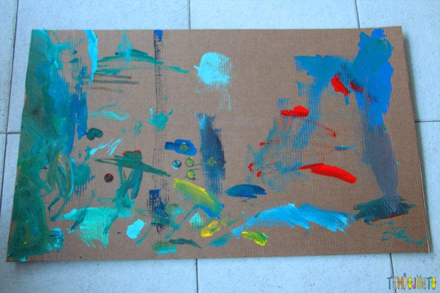 Atividade de artes para estimular a brincadeira de imaginação - tapete da gabi