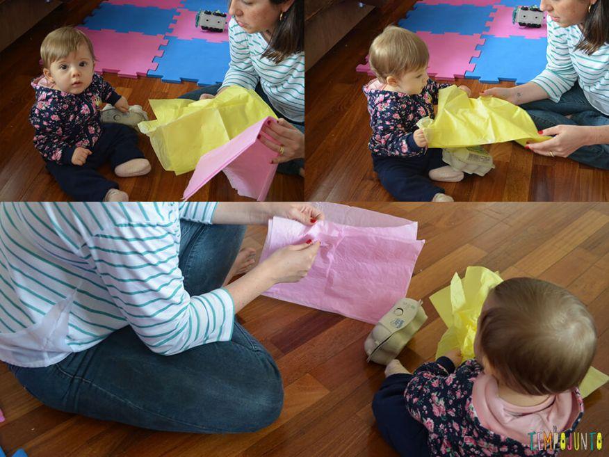 Brincadeira de coordenação e identificação de cores para bebês_montagem-brincando-papel-de-seda_11.48.44_11.49.01_11.49.40
