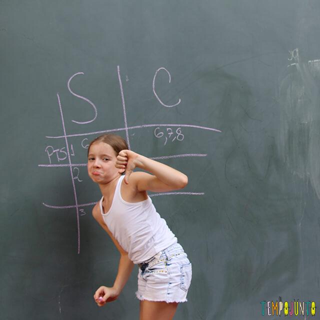 Como brincar de paredão - amiga da carol marcando o placar