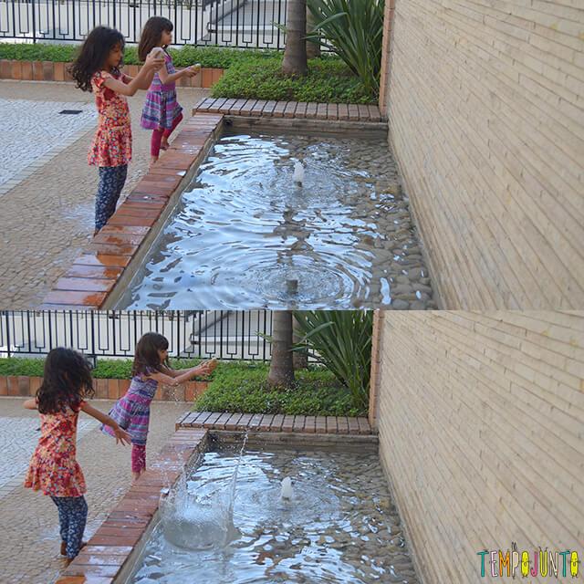 Como brincar com uma traquinagem de forma segura com as crianças - meninas jogando a pedra
