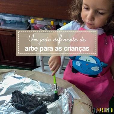 Pintura em papel alumínio para crianças