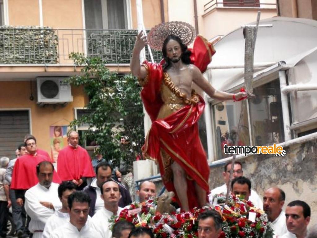Formia / Tenta il suicidio durante la festa di san Giovanni, salvato dai sanitari in scooter
