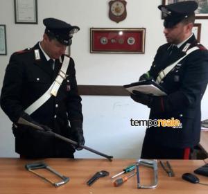carabinieri santi cosma e damiano arnesi da scasso sequestrati
