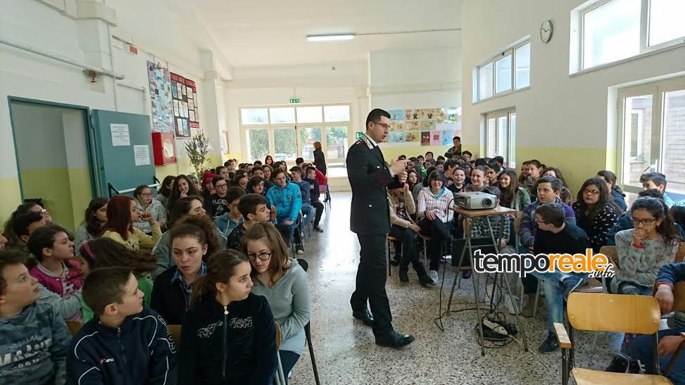 cassino carabinieri studenti incontri