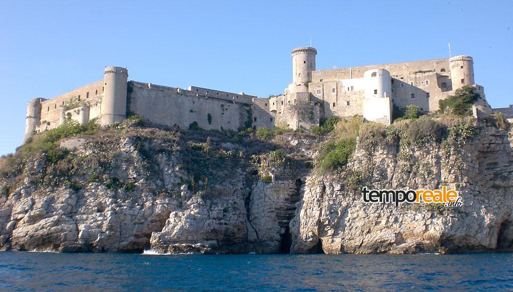 castello angioino aragonese