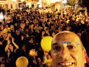 Il selfie di Gerardo Stefanelli eletto sindaco